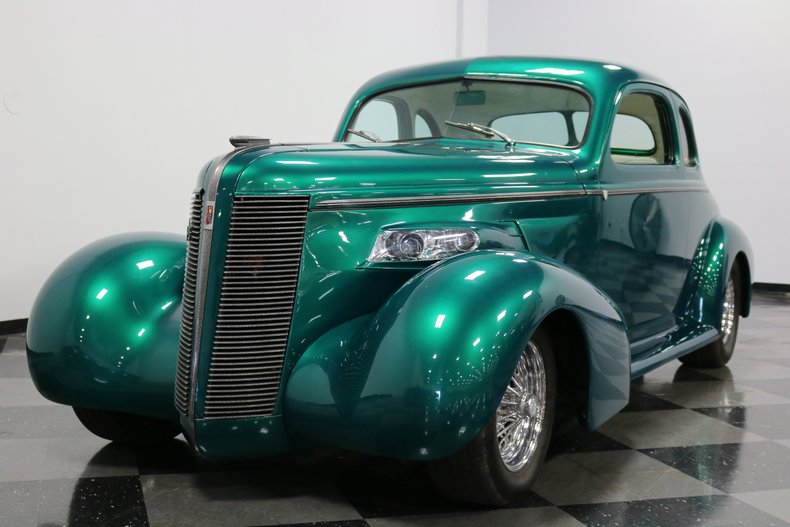 1937 Buick Coupe 20