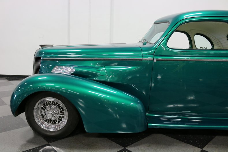 1937 Buick Coupe 26