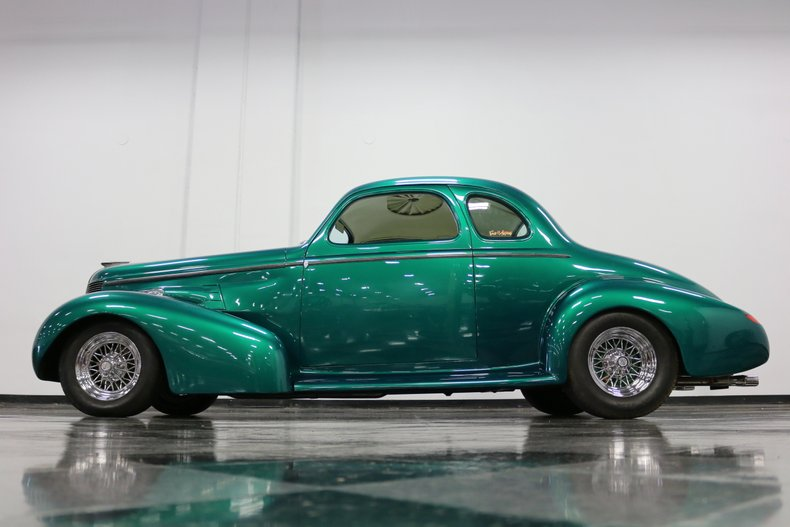 1937 Buick Coupe 25