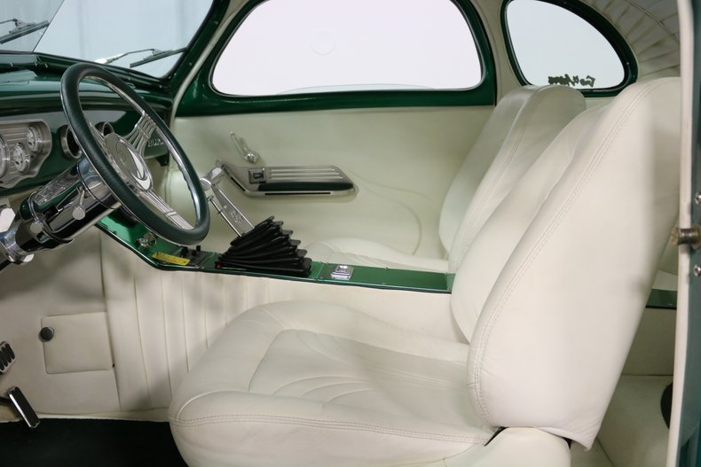 1937 Buick Coupe 4