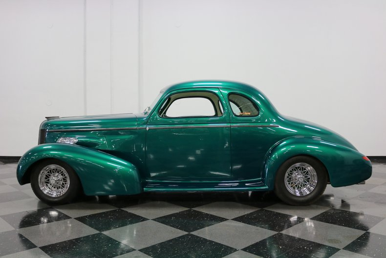1937 Buick Coupe 2