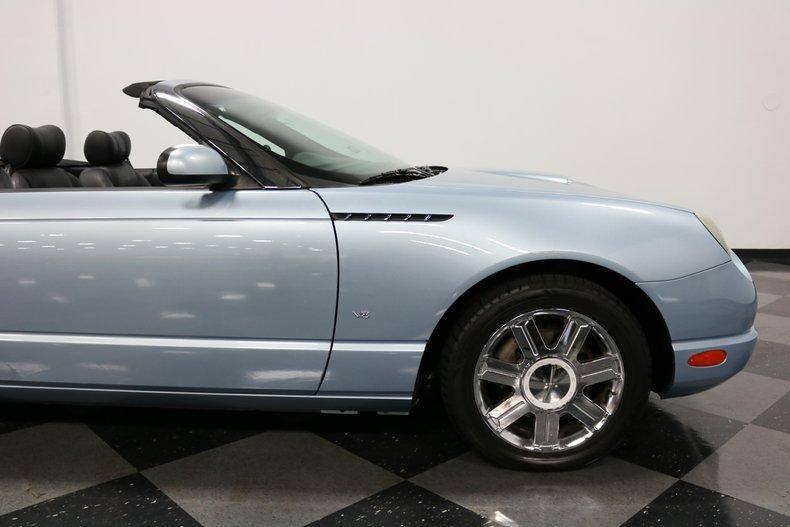 2004 Ford Thunderbird 45
