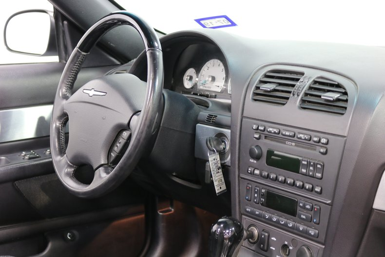 2004 Ford Thunderbird 65