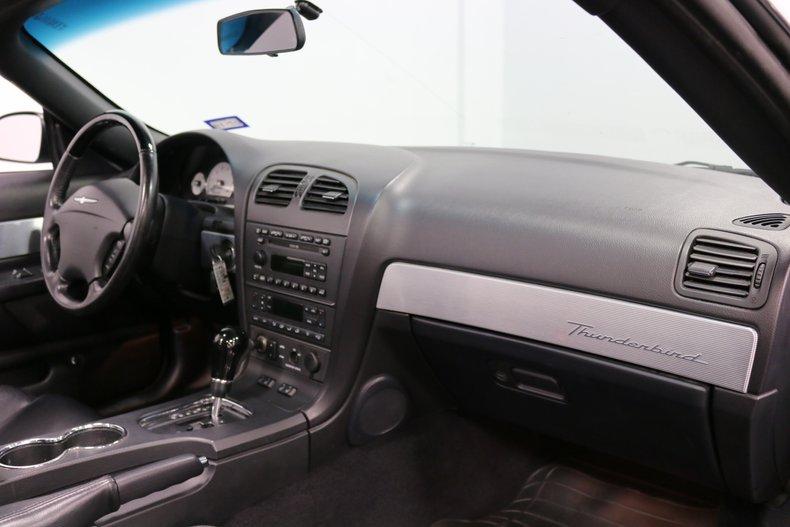 2004 Ford Thunderbird 66