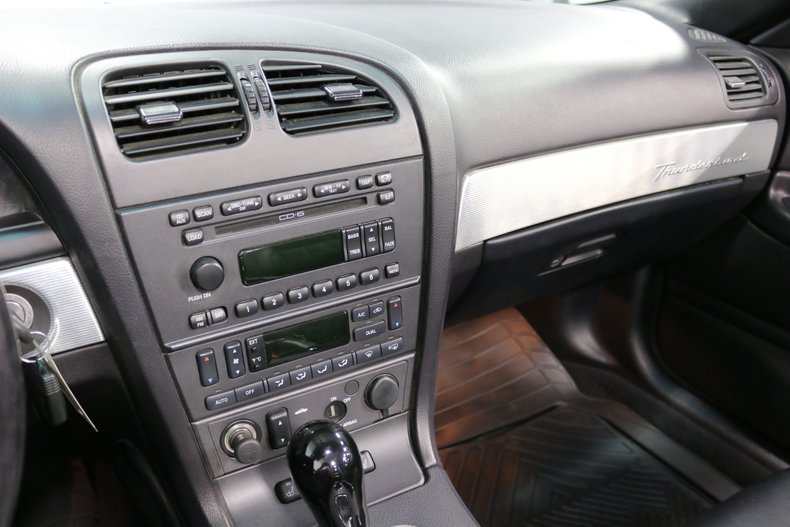 2004 Ford Thunderbird 60