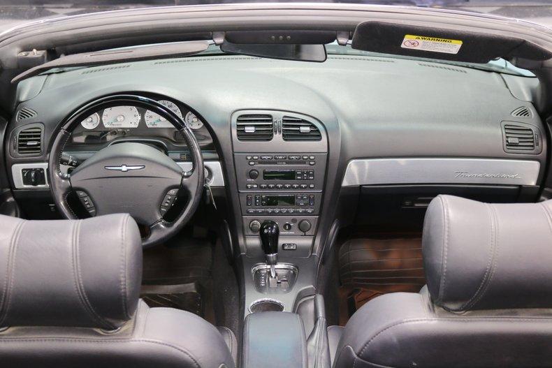 2004 Ford Thunderbird 62