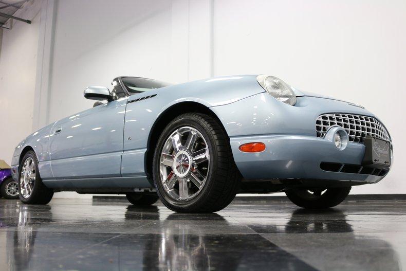 2004 Ford Thunderbird 46