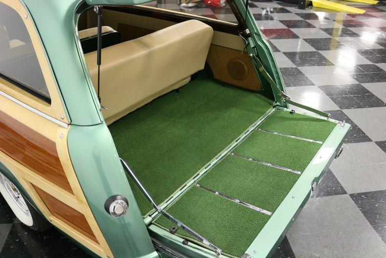 1951 Mercury Woody 43