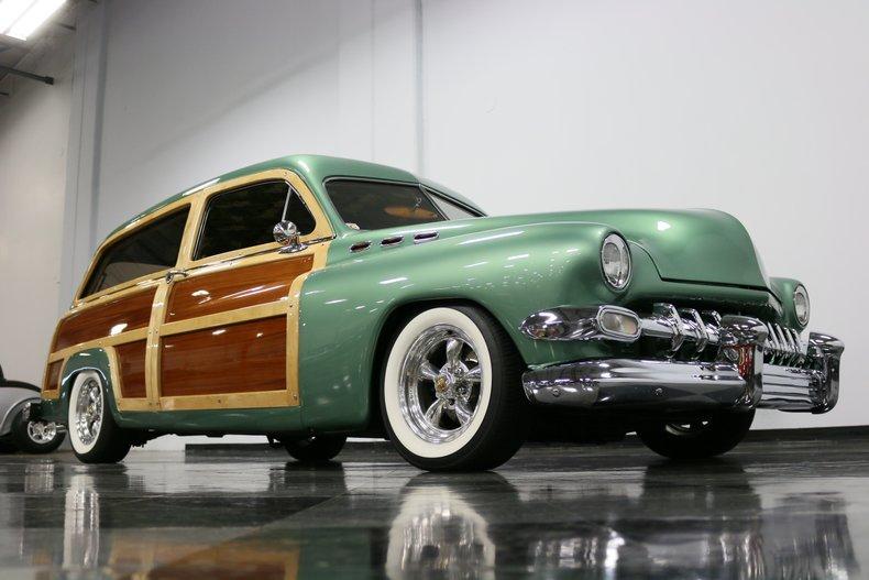 1951 Mercury Woody 38