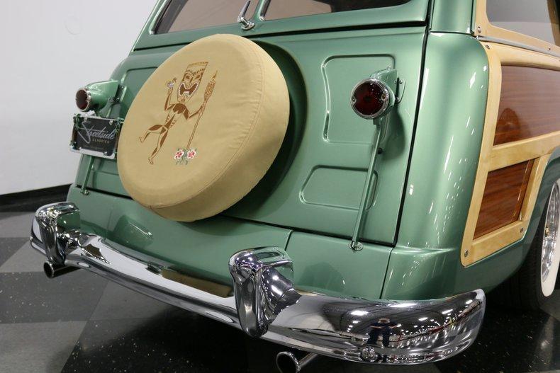 1951 Mercury Woody 32