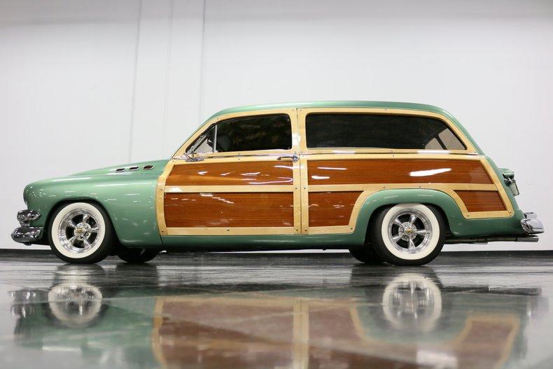 1951 Mercury Woody 25