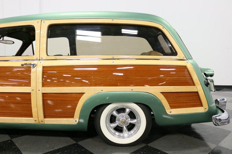 1951 Mercury Woody 28