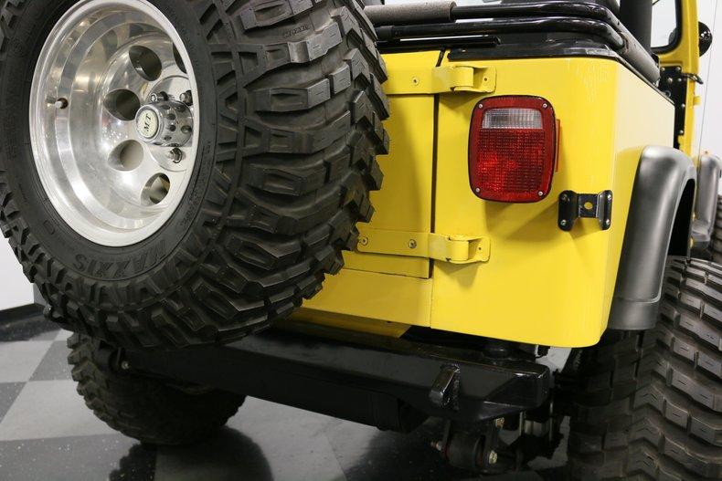 1993 Jeep Wrangler 36