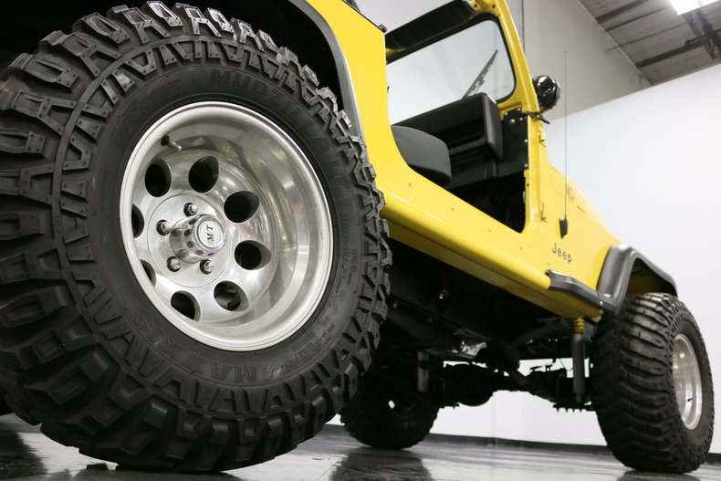 1993 Jeep Wrangler 37