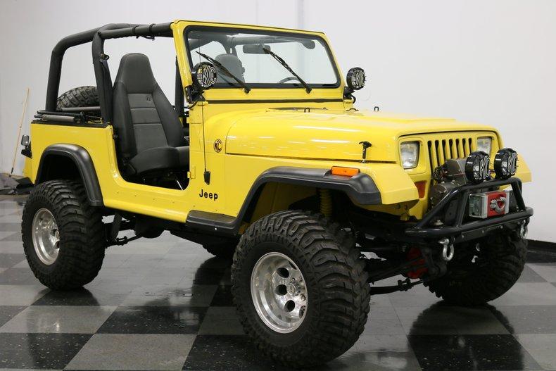 1993 Jeep Wrangler 17