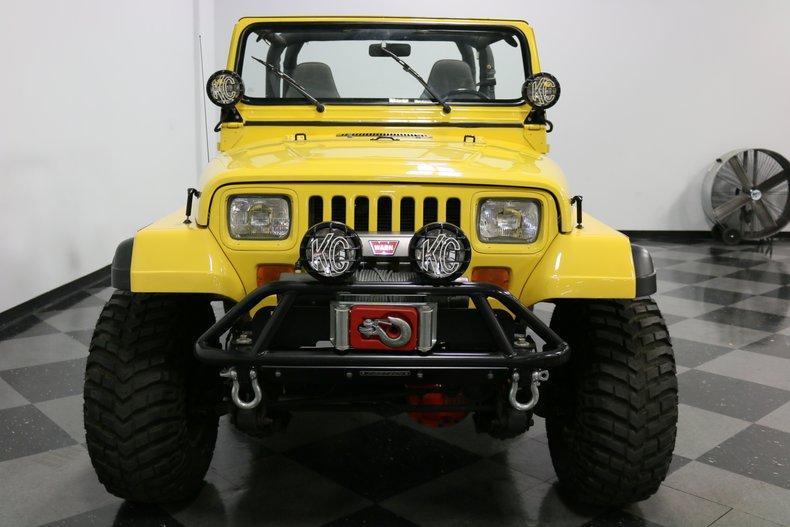 1993 Jeep Wrangler 19