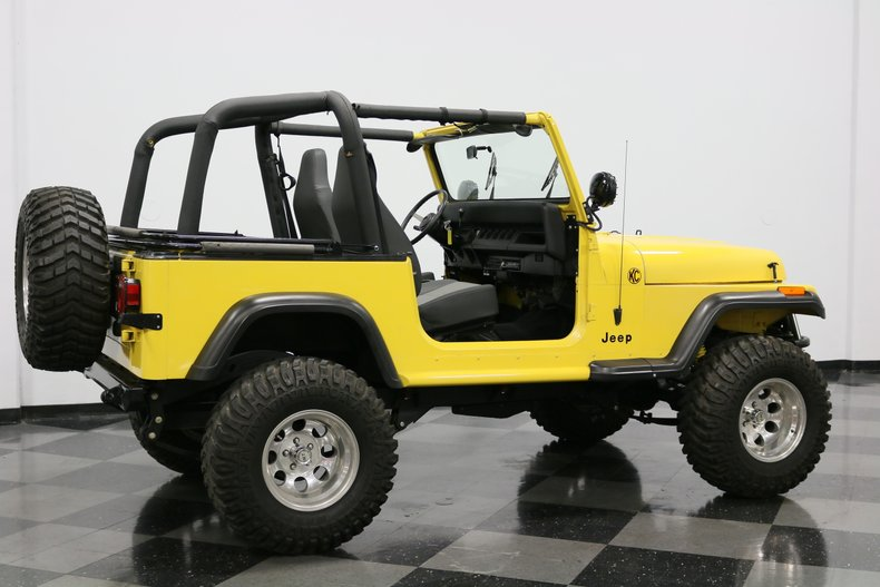 1993 Jeep Wrangler 14