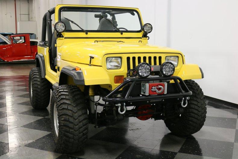 1993 Jeep Wrangler 18