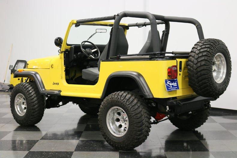 1993 Jeep Wrangler 9