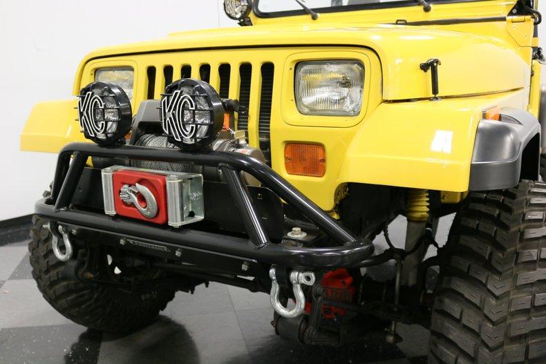 1993 Jeep Wrangler 27