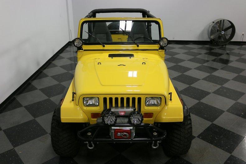 1993 Jeep Wrangler 26