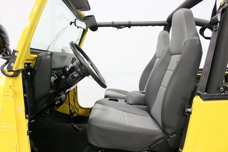 1993 Jeep Wrangler 4