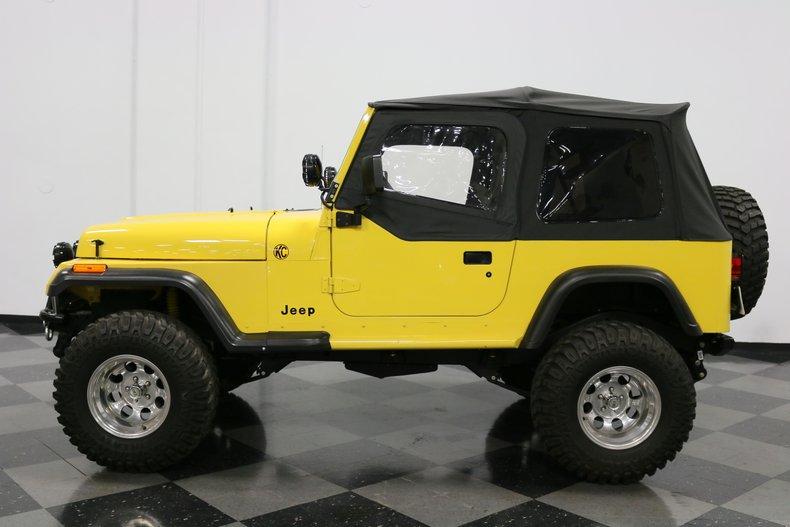 1993 Jeep Wrangler 24