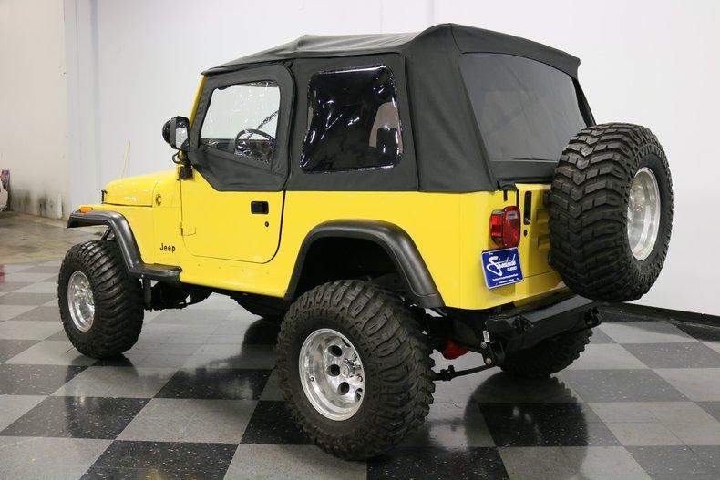 1993 Jeep Wrangler 25
