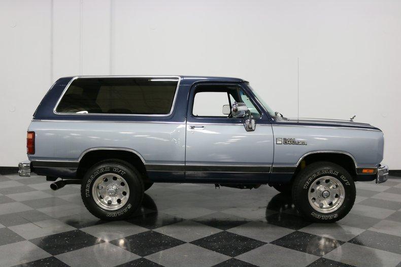 1989 Dodge Ramcharger 34