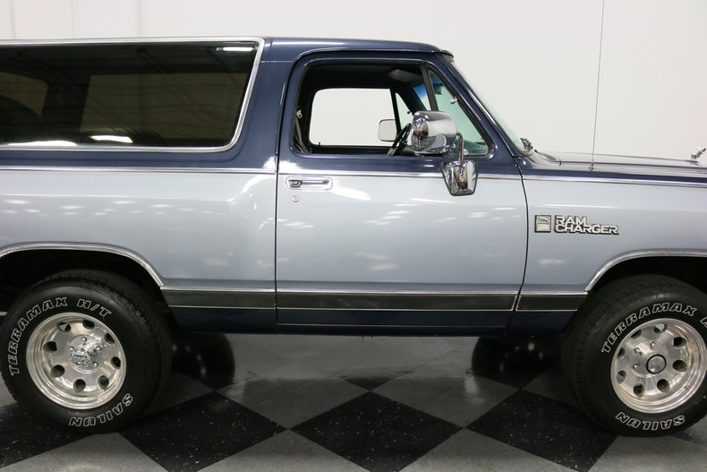 1989 Dodge Ramcharger 36