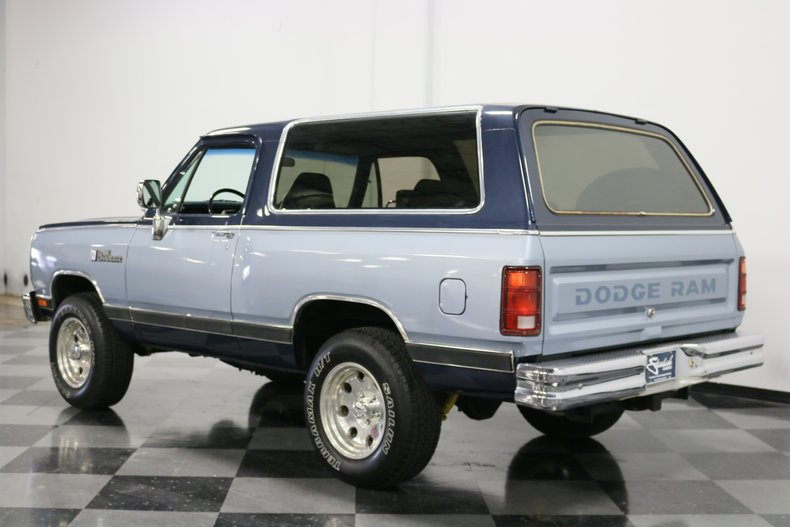 1989 Dodge Ramcharger 9