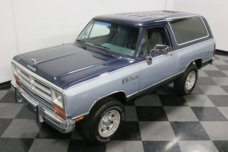 1989 Dodge Ramcharger 21