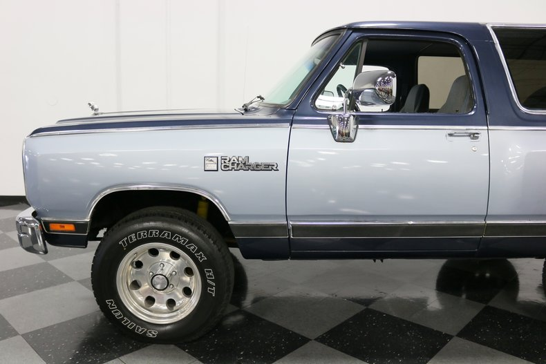 1989 Dodge Ramcharger 26