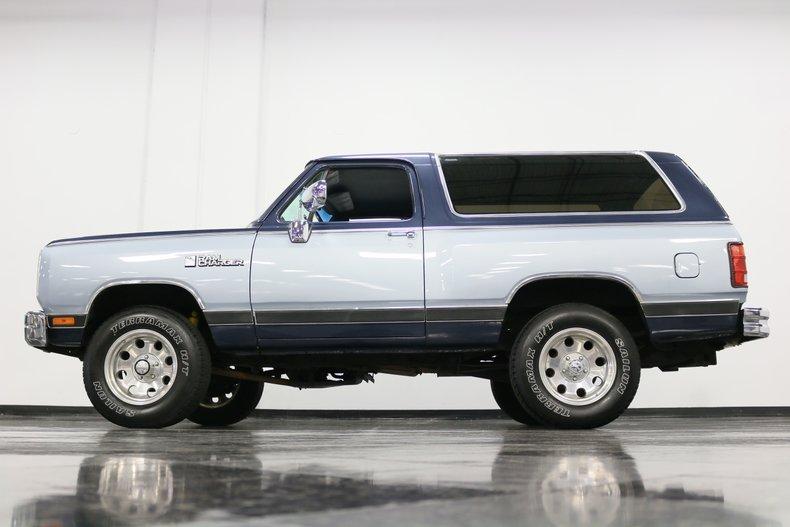 1989 Dodge Ramcharger 25