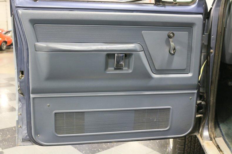 1989 Dodge Ramcharger 47