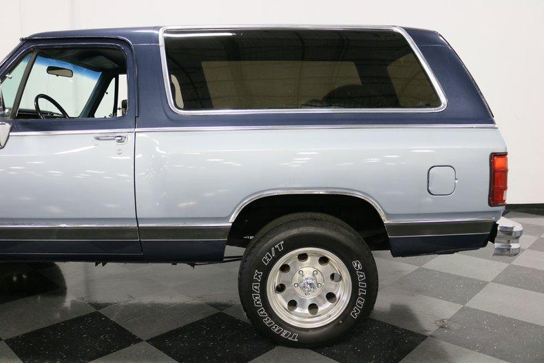 1989 Dodge Ramcharger 28