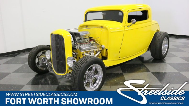 1932 Ford 3-Window 1