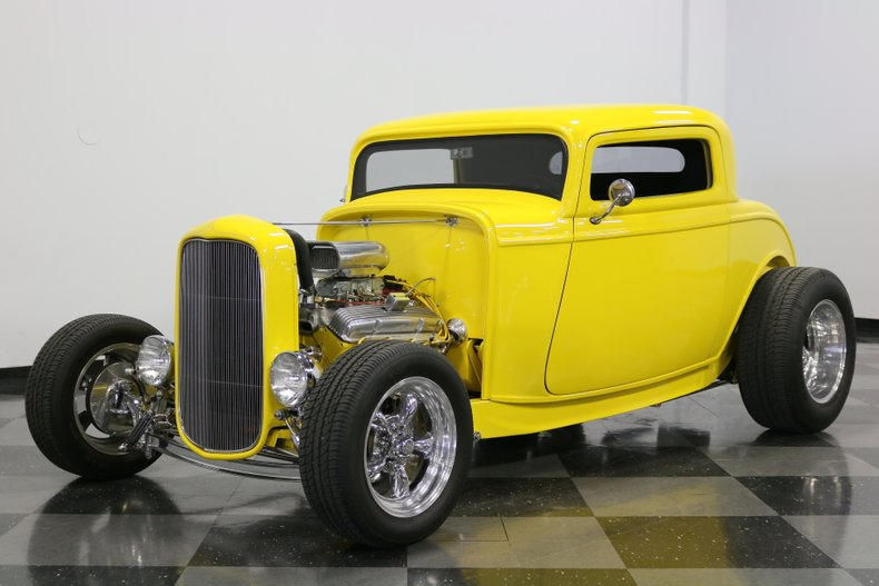 1932 Ford 3-Window 5