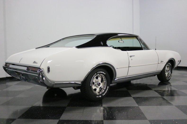 1968 Oldsmobile Cutlass 13