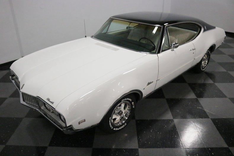 1968 Oldsmobile Cutlass 21