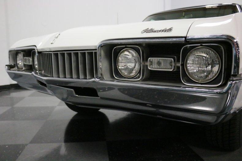 1968 Oldsmobile Cutlass 23