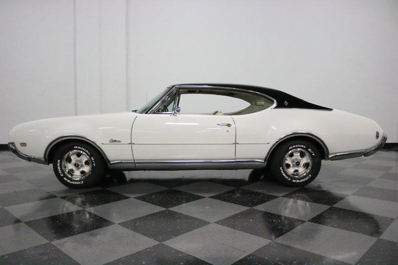 1968 Oldsmobile Cutlass 2
