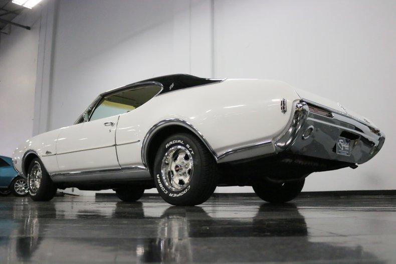 1968 Oldsmobile Cutlass 29