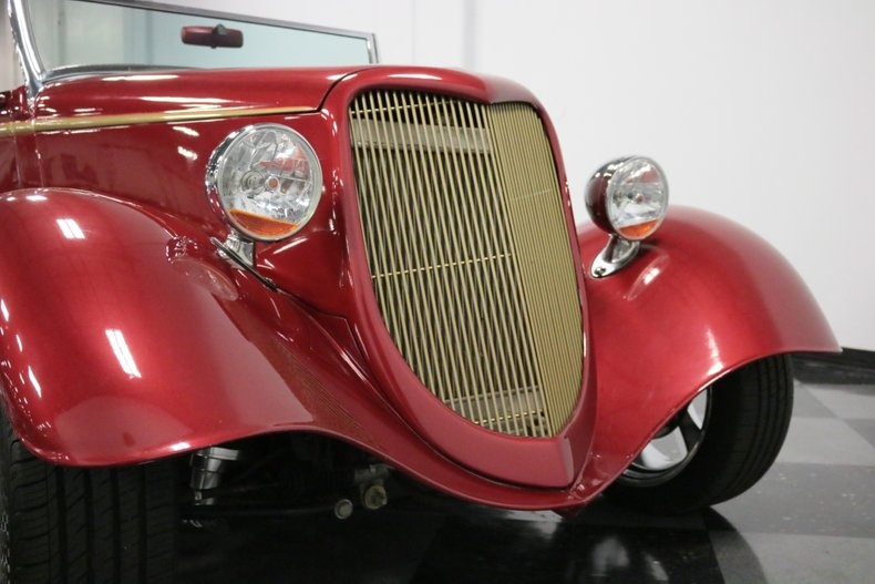 1934 Ford Cabriolet 76