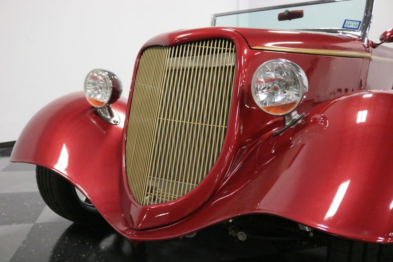 1934 Ford Cabriolet 27