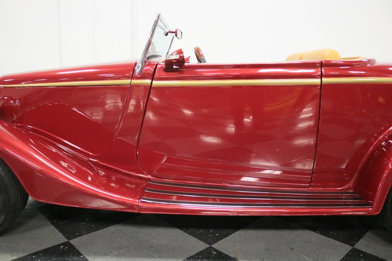 1934 Ford Cabriolet 31