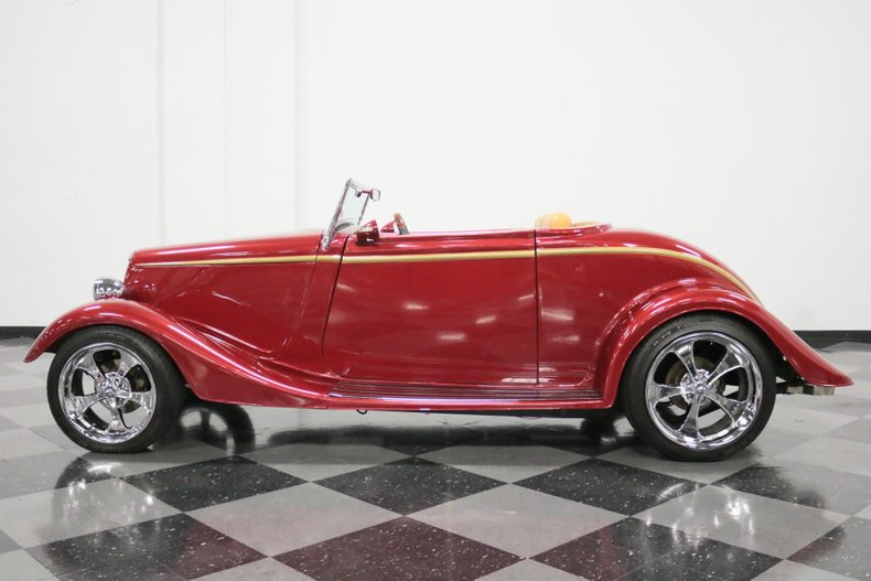 1934 Ford Cabriolet 2