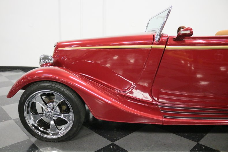 1934 Ford Cabriolet 30