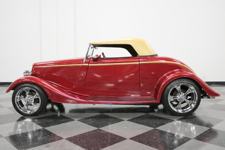 1934 Ford Cabriolet 24