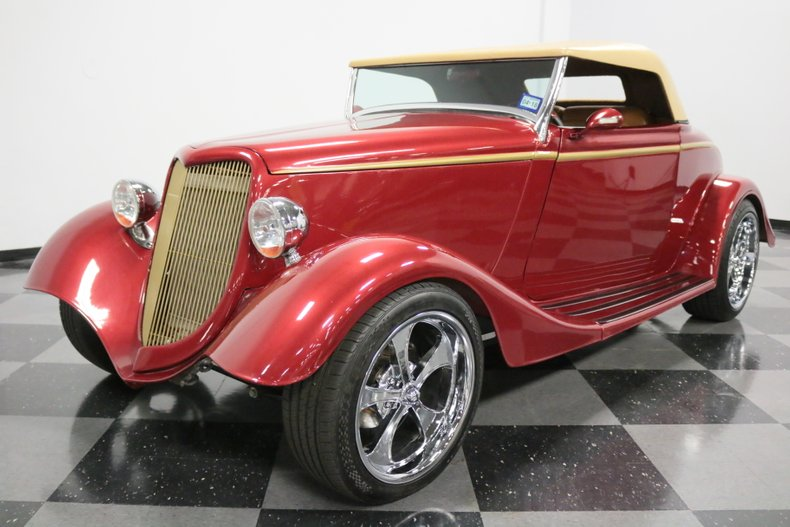 1934 Ford Cabriolet 23